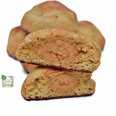 Peanut Butter Stuffed Vanilla Protein Cake Bites - Protein Treats by Nicolette