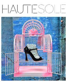➖HAUTESOLE LIVE LONDON FASHION WEEK➖  •••  SOPHIA WEBSTER RUNWAY SS17••  🌟🌟🌟🌟🌟🌟🌟🌟🌟🌟🌟🌟🌟🌟🌟 ✨ ✨ ✨ ✨ ✨ ✨ ✨⠀⠀⠀⠀⠀⠀⠀⠀⠀⠀⠀⠀⠀⠀⠀⠀⠀⠀⠀ ⠀ #HAUTESOLE #Fashion #Footwear #Shoes #style #FashionWeek #magazinE #SS17 #NYFW #LFW #sophiawebster