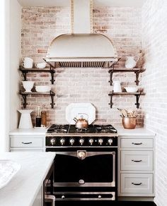 6 Astounding Cool Ideas: White Kitchen Remodel Farmhouse Sinks kitchen remodel must haves tile.Colonial Kitchen Remodel Small kitchen remodel checklist home.Cheap Kitchen Remodel Home Improvements. Kitchen Inspirations, Kitchen Trends, Small Kitchen, Kitchen Remodel, Kitchen Decor, House Interior, Sweet Home, Home Kitchens, New York Apartment