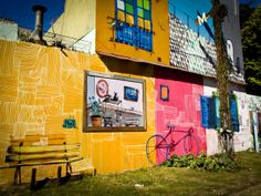 Foto of the Week from … Buenos Aires:  Hidden Walls