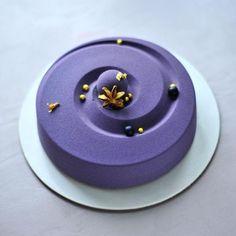 Modern Cakes, Unique Cakes, Biscuit Cupcakes, Cupcake Cakes, Tortas Deli, Beautiful Cakes, Amazing Cakes, Decoration Patisserie, Pastry Design