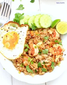 Thnks. Thai Fried Rice, Shrimp Fried Rice, Shrimp Dishes, Khao Soi, Cooking Jasmine Rice, Boneless Pork Shoulder, Goong, Thai Style, Just Cooking