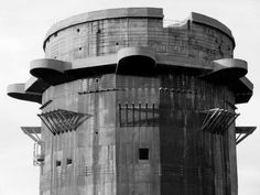 Flakturm Archives or the Panopticon in Reverse