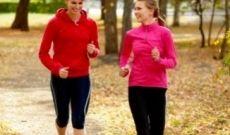 Pourquoi faire du sport avec un(e) ami(e) ?