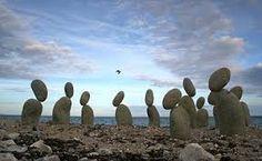 Risultati immagini per immagini di pietre o sassi