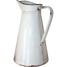 This jug has lots of marks, enamel chips and rusty bits. It has had a hard life being useful. There are no holes, so Old Kitchen, Rustic Kitchen, Vintage Kitchen, Retro Vintage, Vintage Enamelware, Cottage Kitchens, French Cottage, Dinner Sets, Small Appliances