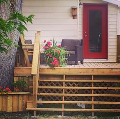 Deck Design and beautiful staircase with flowesr to grace the beauty. Deck Design, Small Towns, Construction, Outdoor Structures, Outdoor Decor, House, Beautiful, Beauty, Home Decor