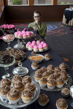 wedding cupcake bar