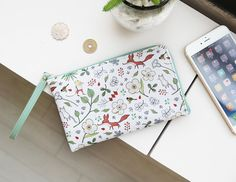 Willow Story Smartphone Wallet v2