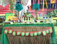jungle dessert table  2011