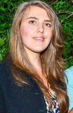 I'm Sophie Bowns. I think I have a blogging addiction!