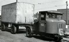 Scammell MH with 4 wheel trailer. Classic Trucks, Classic Cars, Mechanical Horse, Old Lorries, Cab Over, British Rail, Classic Motors, Train Car, Toy Trucks