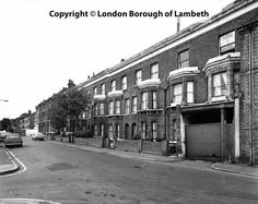 Fitzalan Street, Lambeth 1978 Chesters Way, London History, Brixton, Great Britain, The Locals, Old Photos, Calendar Ideas, Playgrounds, Street