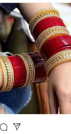 Bridal Suits Punjabi, Punjabi Bride, Bridal Bangles, Bridal Jewelry, Indian Jewelry Earrings, Indian Bangles, Chuda Bangles, Velvet Dress Designs, Wedding Chura