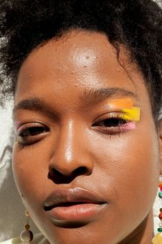 Face Paint and 4 Other No-Makeup Summer Makeup Looks What is Makeup ? What's Makeup ? Generally, what's makeup ? Makeup Trends, Makeup Inspo, Makeup Art, Makeup Inspiration, Makeup Tips, Makeup Ideas, No Makeup, Face Paint Makeup, Perfect Makeup