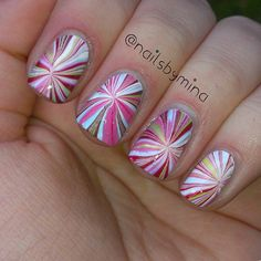 This would be cute with red, white, and blue for the of July! Crazy Nail Art, Crazy Nails, Gorgeous Nails, Pretty Nails, Rainbow Water, Water Marbling, Super Cute Nails, Diva Nails, Nail Candy