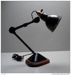 http://mdbarchitects.com/fr/1921_-lamp-gras-no-207-by-bernard-albin-gras-dcw/