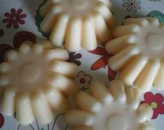homemade wax melts | scratchy cat crafter: All things smelly