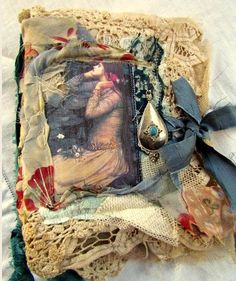Vintage Luscious Lace Journals by Suzy Quaife. New Page on art-e-zine