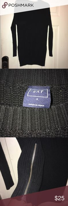 GAP sweater Long with zippers on each side small GAP sweater Long with zippers on each side small GAP Sweaters