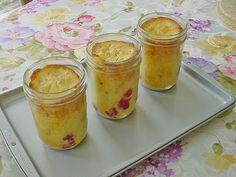 Eierlikörkuchen mit Himbeeren, ein tolles Rezept aus der Kategorie Haltbarmachen. Bewertungen: 12. Durchschnitt: Ø 4,2.