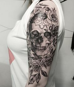 We all know that nothing describes your personality, actions and feelings more than a tattoo that you choose for life. Either if you took the decision of getting one on the spot or if it took ages for you to decide on the best pattern, it will probably do its job properly. It isn't a … #skull_flower_tattoo