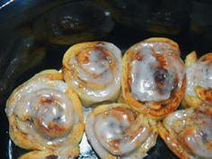 Chubby Vegan Mom: Pumpkin Cinnamon Buns, courtesy of your crock pot
