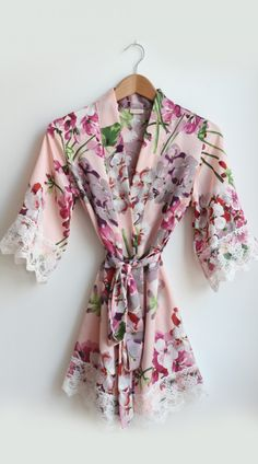 Ivory Floral Satin Flower Girl Robe Kids Robes Bridesmaid Robes Bridesmaid  Flowers 401be96a7
