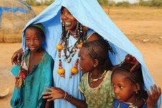Africa   Fulani (Peul) family in the bush near Mauritania   © Luca Gargano