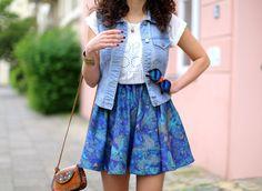 Denim Vest and Skater Skirt from H&M Trend // Boho Summer Look Streetstyle from Berlin