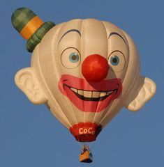 Class of 2012 Special Shapes - coco the Clown- www.balloonfiesta.com