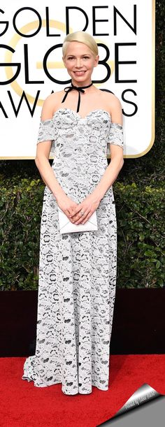 Michelle Williams wearing a Louis Vuitton dress with a bow choker attends the 74th Golden Globe Awards Ceremony.