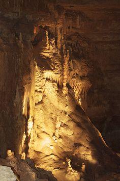 Natural Bridge Caverns (Texas) - USA   by Jonas Lamis
