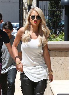 60 Gorgeous Rita Ora Fashion Ideas, Steal Her Style - Nona Gaya Rita Ora, Her Style, Girl Crushes, Beautiful People, Celebrity Style, Celebs, Celebrities Fashion, Street Style, Style Inspiration