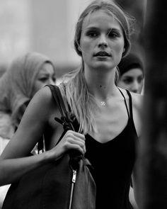 #gente #people #fotografiaenlacalle #streetphotography #Barcelona #paseos #walking #instantes #momentos #moments #freelifestyle #freelife #mediterraneo