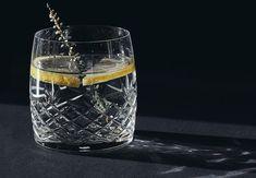 Fra søtt til inspirerende barnerom Pint Glass, Choker, Mugs, Tableware, Interior, Kitchen, Diy, Cold, Neck Choker