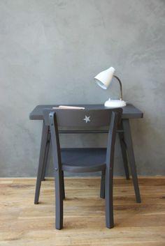 escritorio gris