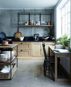 Can You Spot All the Table Hacks In This British Industrial Kitchen? | Apartment Therapy