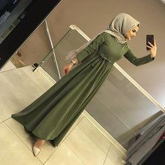 Image may contain: 1 person Modern Hijab Fashion, Abaya Fashion, Muslim Fashion, Fashion Dresses, Women's Fashion, Hijab Dress Party, Hijab Gown, Hijab Outfit, Hijab Elegante