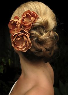 Make those white or purple. Beautiful for the bridesmaids! I like the simple hair style, too.