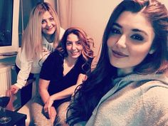 Hande Erçel Pole Star, Hayat And Murat, Hande Ercel, After Movie, Turkish Actors, Beautiful Celebrities, Asian Fashion, Actresses, Face