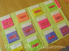 how smart is this???  File folder with pockets - each one has a different multiplication pack of flashcards!!!
