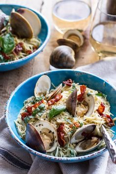 Fresh Clam Pasta with Creamy White Basil Sauce + Crispy Prosciutto. recipe: Try this Fresh Clam Pasta with Creamy White Basil Sauce + Crispy Prosciutto. recipe, or contribute your own. Seafood Pasta Recipes, Seafood Dishes, Pasta Dishes, Clam Recipes, Seafood Soup, Shellfish Recipes, Rice Recipes, Dinner Recipes, Clam Pasta