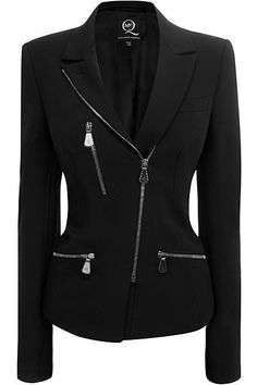 - Jacket Designs - A black jacket doesn't have to be boring. This one features a slanted zipper clo. A black jacket d. Casual Outfits, Fashion Outfits, Womens Fashion, Fashion Trends, Mode Rock, Mein Style, Jackett, Elegant Outfit, What To Wear