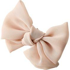 Bow ELLE SHOP】リボン付きグリッターフラットシューズゴールド|スーピエ(Sous Pied)|ファッション通... - Polyvore