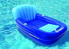 Swim Central 54 Inflatable Couch Swimming Pool Lounger with Built-In Ice Cooler - Blue Backyard Pool Parties, Backyard Pool Designs, Cool Couches, Blue Couches, Cute Pool Floats, Inflatable Pool Loungers, Inflatable Furniture, Pool Toys, Cool Pools