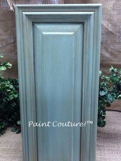 Cabinet finish using Paint Couture! And Glaze Couture! Love the door style Painting Oak Cabinets White, Painting Kitchen Cabinets, Kitchen Paint, Glazing Cabinets, Bathroom Cabinets, Furniture Fix, Repurposed Furniture, Furniture Makeover, Furniture Refinishing