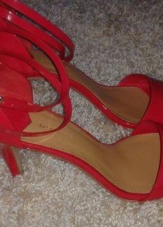 Kup mój przedmiot na #Vinted http://www.vinted.pl/kobiety/sandaly/9782690-czerwone-lakierowane-sandalki-na-szpilce