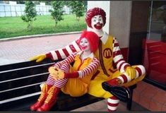 From pink slime to Guantanamo Bay, find out what goes on behind the golden arches with 10 shocking facts about McDonald's. Videos in the Endcard: 10 Deadlies. Fun With Statues, Statues For Sale, Ronald Mcdonald Costume, Minions, Cake Minion, Working At Mcdonalds, People Of Walmart, Shocking Facts, Scary Clowns