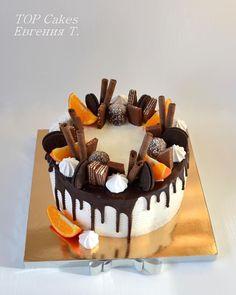 Торт со сладостями, без мастики! #top_cakes_odessa #cake #одесса #тортыназаказ #ручнаяработа #кремовыеторты #сладости #сладкийподарок #odessa